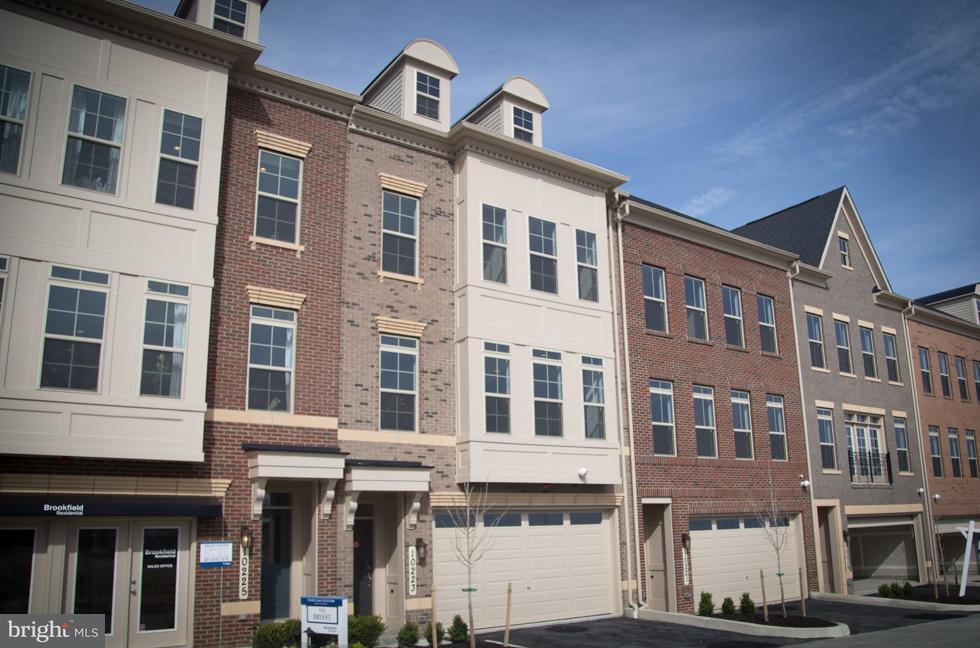 Townhouse for Sale at 10223 Hilltop Ascent Drive 10223 Hilltop Ascent Drive Rockville, Maryland 20850 United States