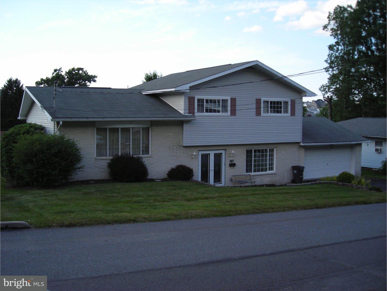 Casa Unifamiliar por un Venta en 517 W NICHOLAS Street Frackville, Pennsylvania 17931 Estados Unidos