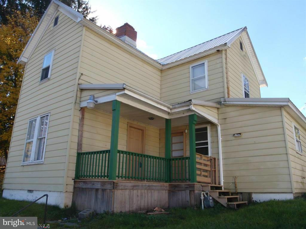 Single Family for Sale at 101 Oak St Kingwood, West Virginia 26537 United States