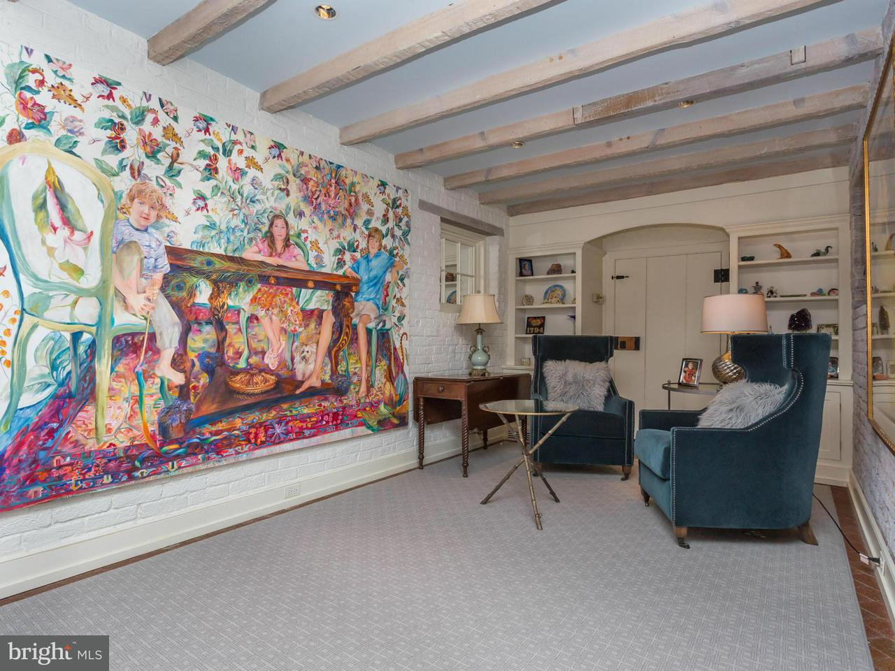 Additional photo for property listing at 307 Amelia Street 307 Amelia Street Fredericksburg, 弗吉尼亞州 22401 美國