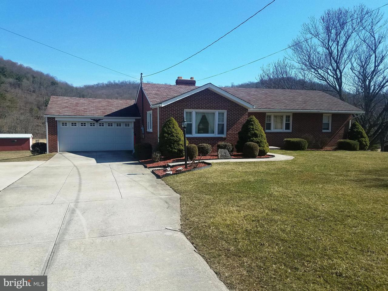 Single Family for Sale at 288 Centerville Rd Bedford, Pennsylvania 15522 United States