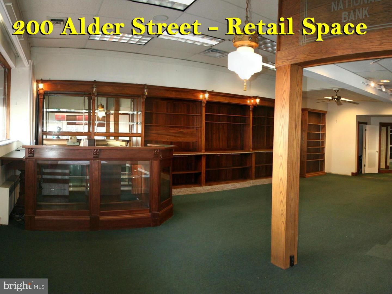 Additional photo for property listing at 200 Alder St  Oakland, Maryland 21550 United States