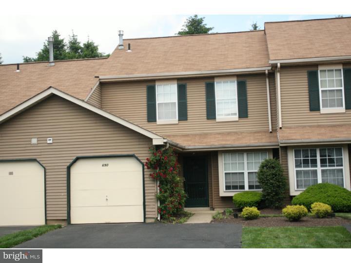 Maison accolée pour l à louer à 690 TOMLINSON Lane Yardley, Pennsylvanie 19067 États-Unis