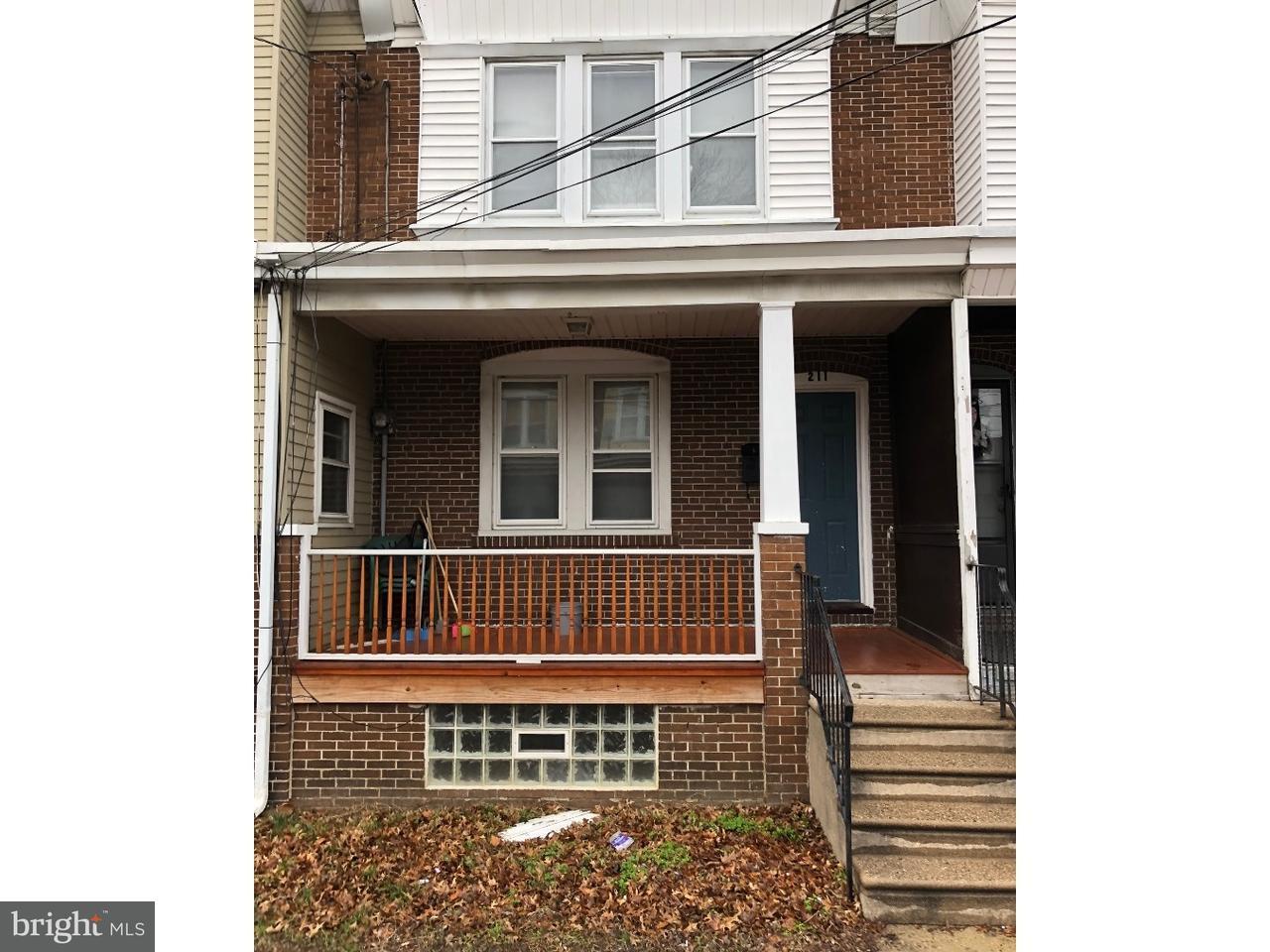 Таунхаус для того Продажа на 211 CEDAR Avenue Woodlynne, Нью-Джерси 08107 Соединенные Штаты