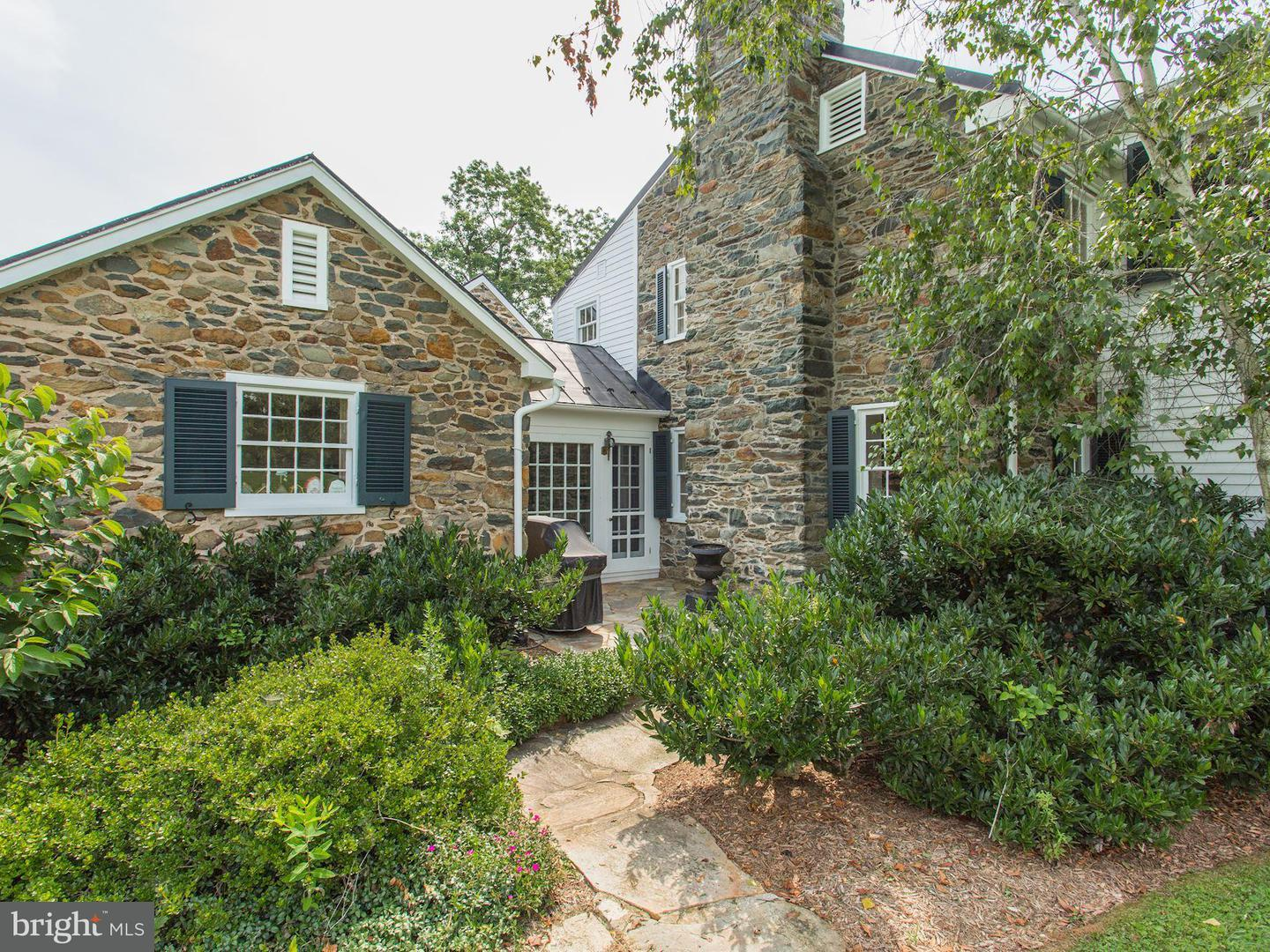 Farm for Sale at 9092 John Mosby Hwy Upperville, Virginia 20184 United States