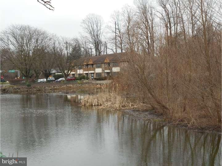 Additional photo for property listing at 104 LAKESIDE PARK  Southampton, Pennsylvania 18966 United States