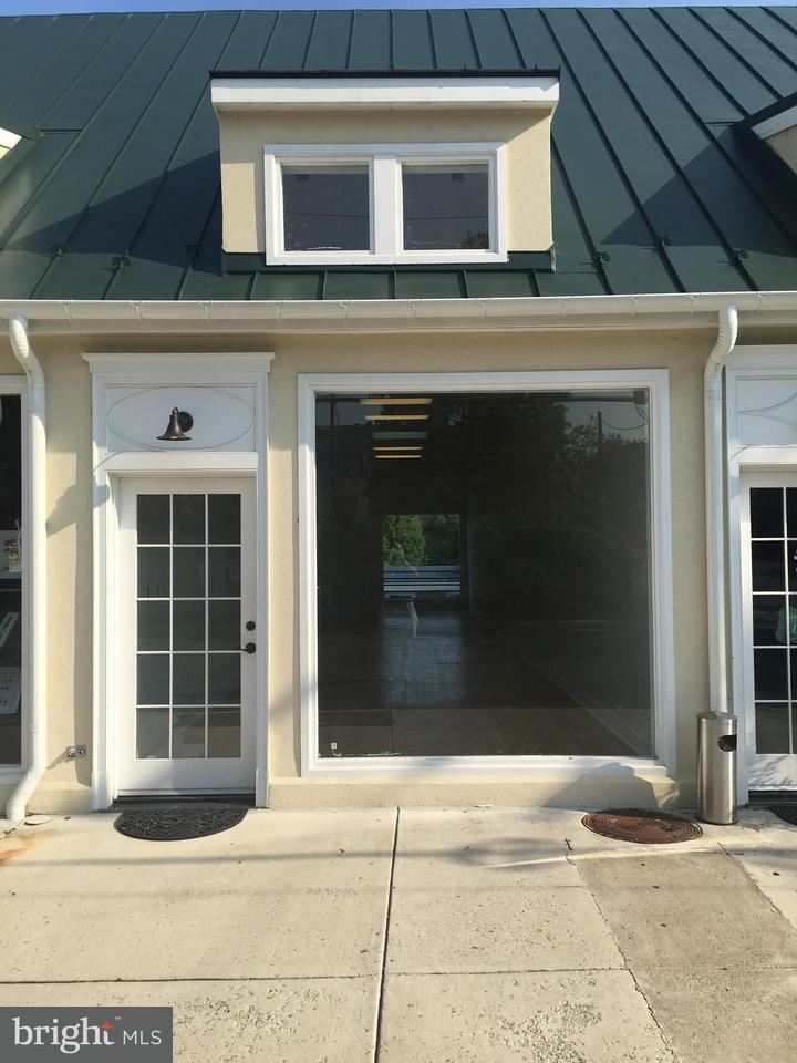 상업용 용 매매 에 103 Federal St #145 103 Federal St #145 Middleburg, 버지니아 20117 미국