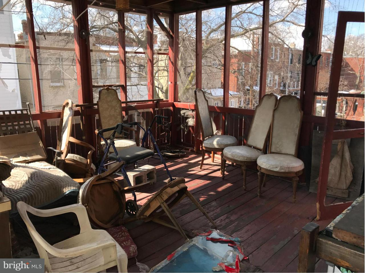 Additional photo for property listing at 127 R St Ne 127 R St Ne Washington, Distretto Di Columbia 20002 Stati Uniti