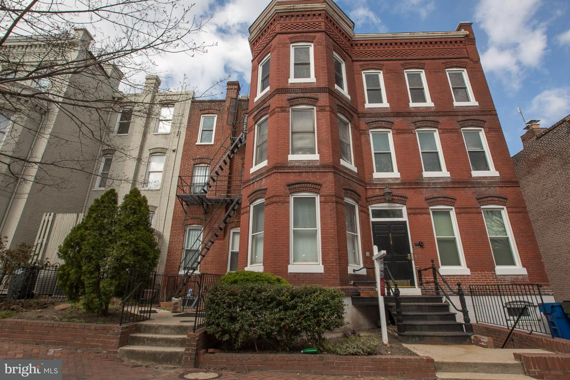 Single Family for Sale at 516 4th St NE #101 Washington, District Of Columbia 20002 United States