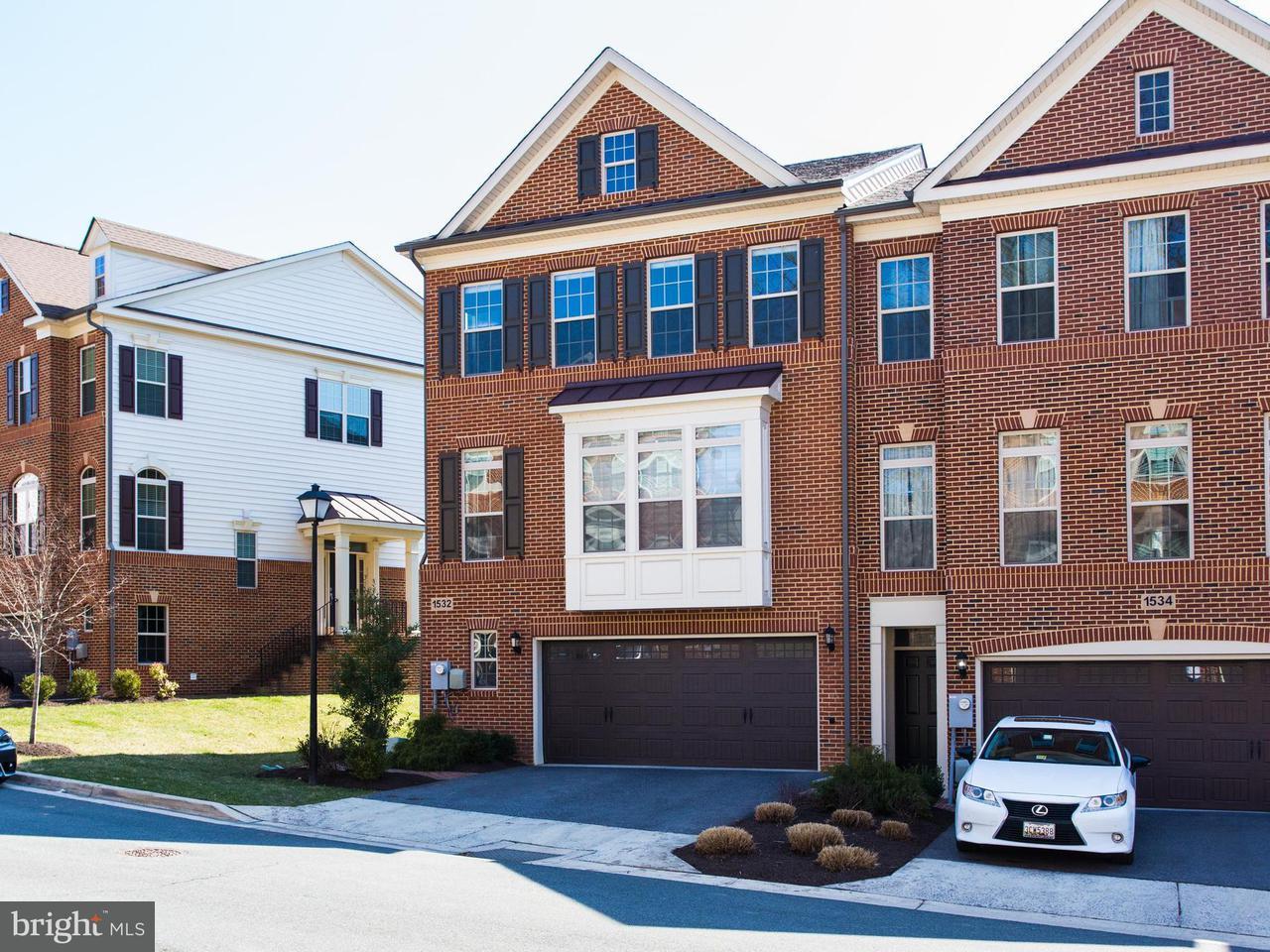 Таунхаус для того Продажа на 1532 Rabbit Hollow Place 1532 Rabbit Hollow Place Silver Spring, Мэриленд 20906 Соединенные Штаты