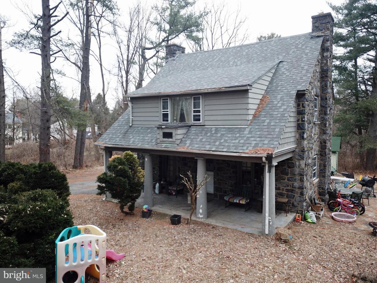 Частный односемейный дом для того Продажа на 229 THORNTON Road Thornton, Пенсильвания 19373 Соединенные Штаты