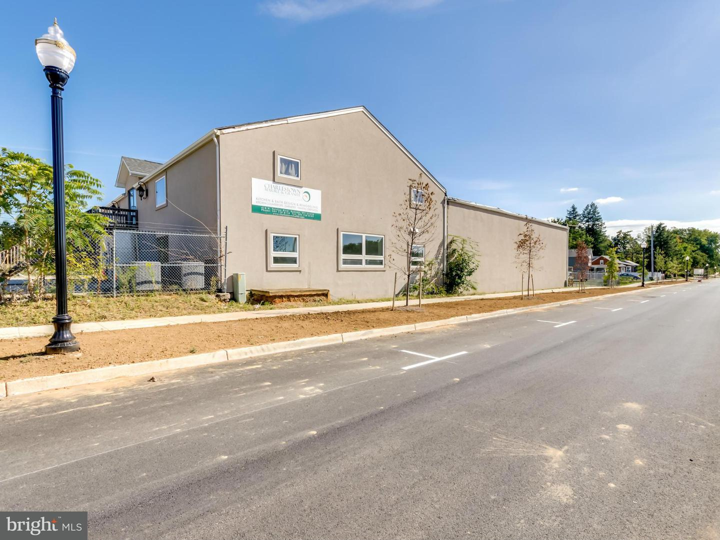 Commercial for Sale at 418 Fairfax Blvd Ranson, West Virginia 25438 United States
