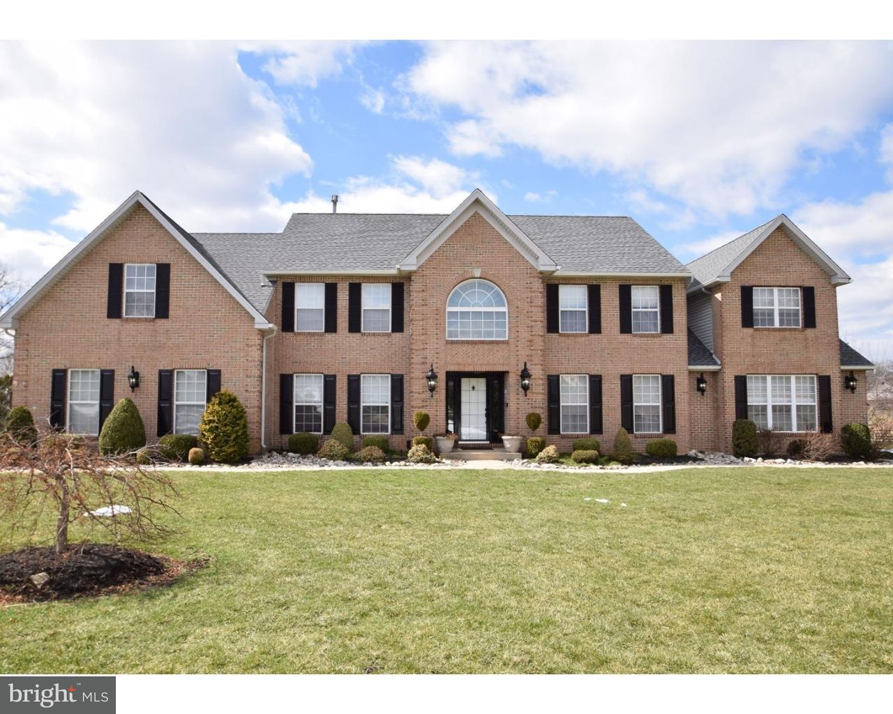 Casa Unifamiliar por un Venta en 762 GRISSOM Drive Lansdale, Pennsylvania 19446 Estados Unidos