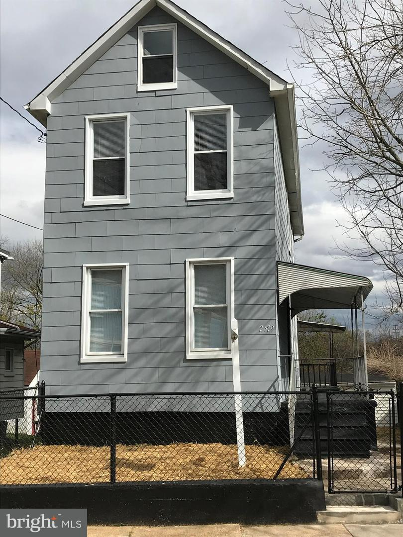 Single Family for Sale at 2629 Georgetown Rd Baltimore, Maryland 21230 United States