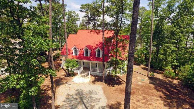 獨棟家庭住宅 為 出售 在 143 Lankford Lane 143 Lankford Lane Lottsburg, 弗吉尼亞州 22511 美國