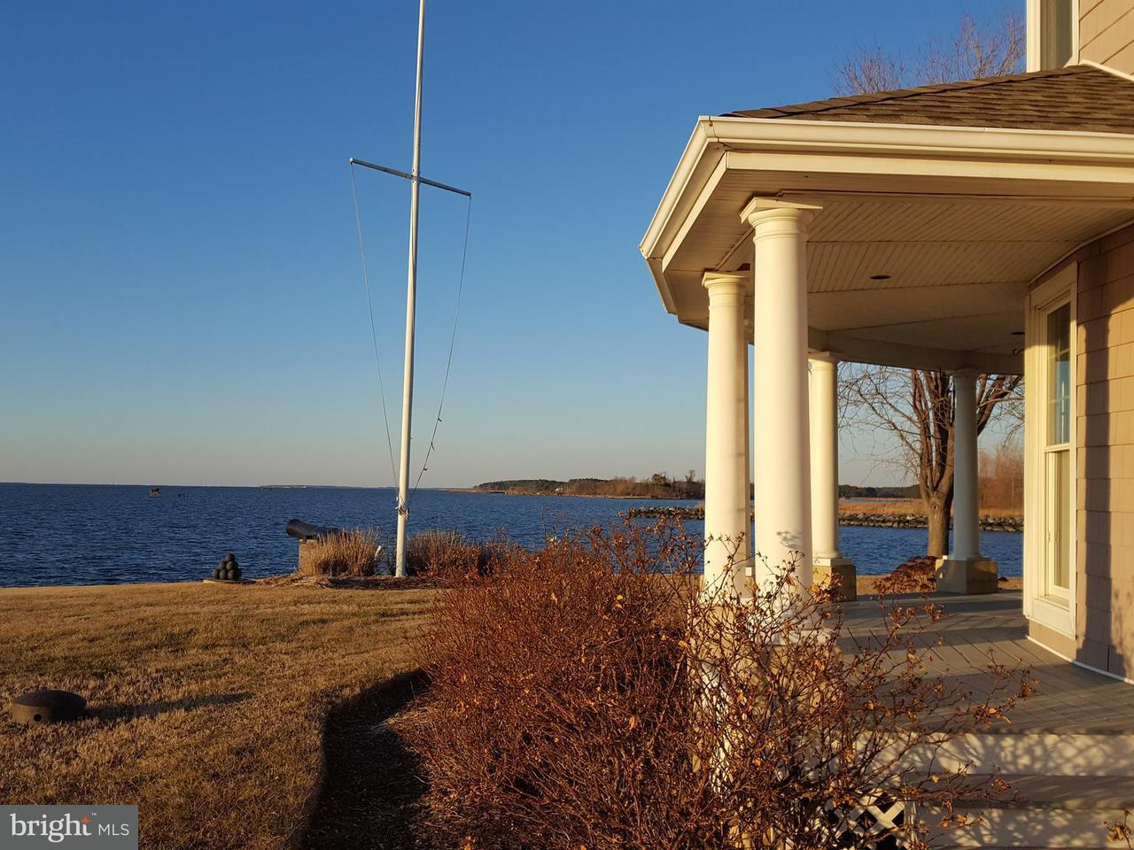 Single Family Home for Sale at 21324 Bay Front Drive 21324 Bay Front Drive Tilghman, Maryland 21671 United States
