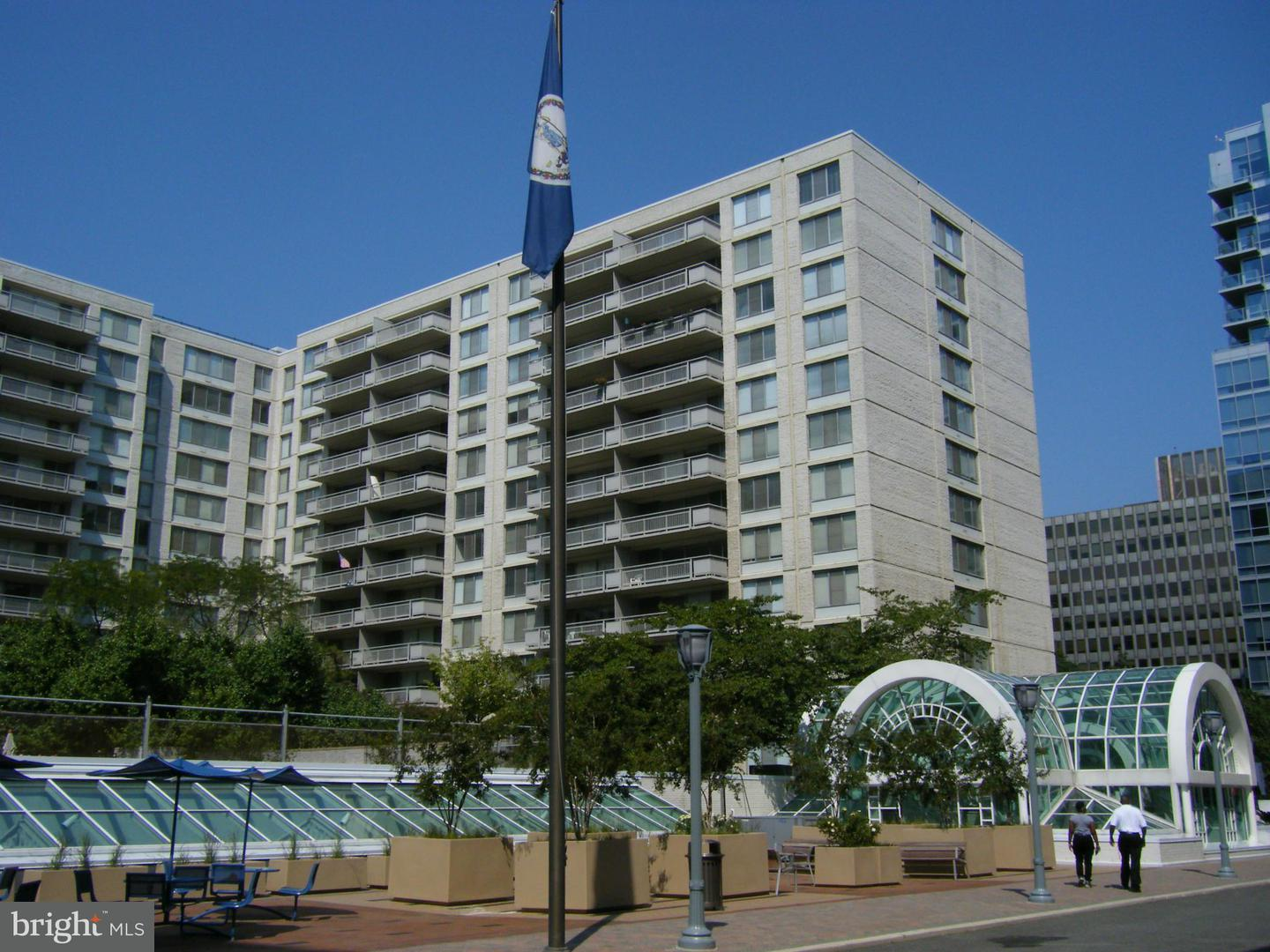 Other Residential for Rent at 2111 Jefferson Davis Hwy #001/1 Arlington, Virginia 22202 United States