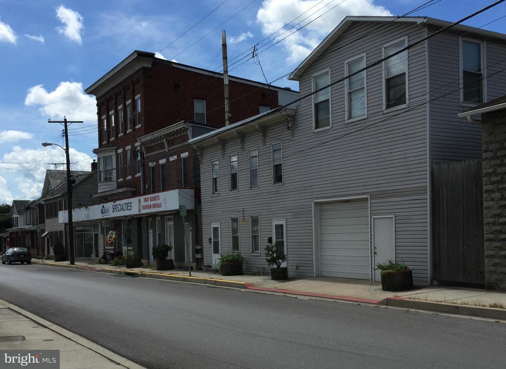 商用 為 出售 在 700 N Mechanic Street 700 N Mechanic Street Cumberland, 馬里蘭州 21502 美國