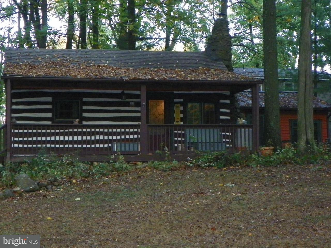 Single Family for Sale at 128 Seminole Chester Gap, Virginia 22623 United States