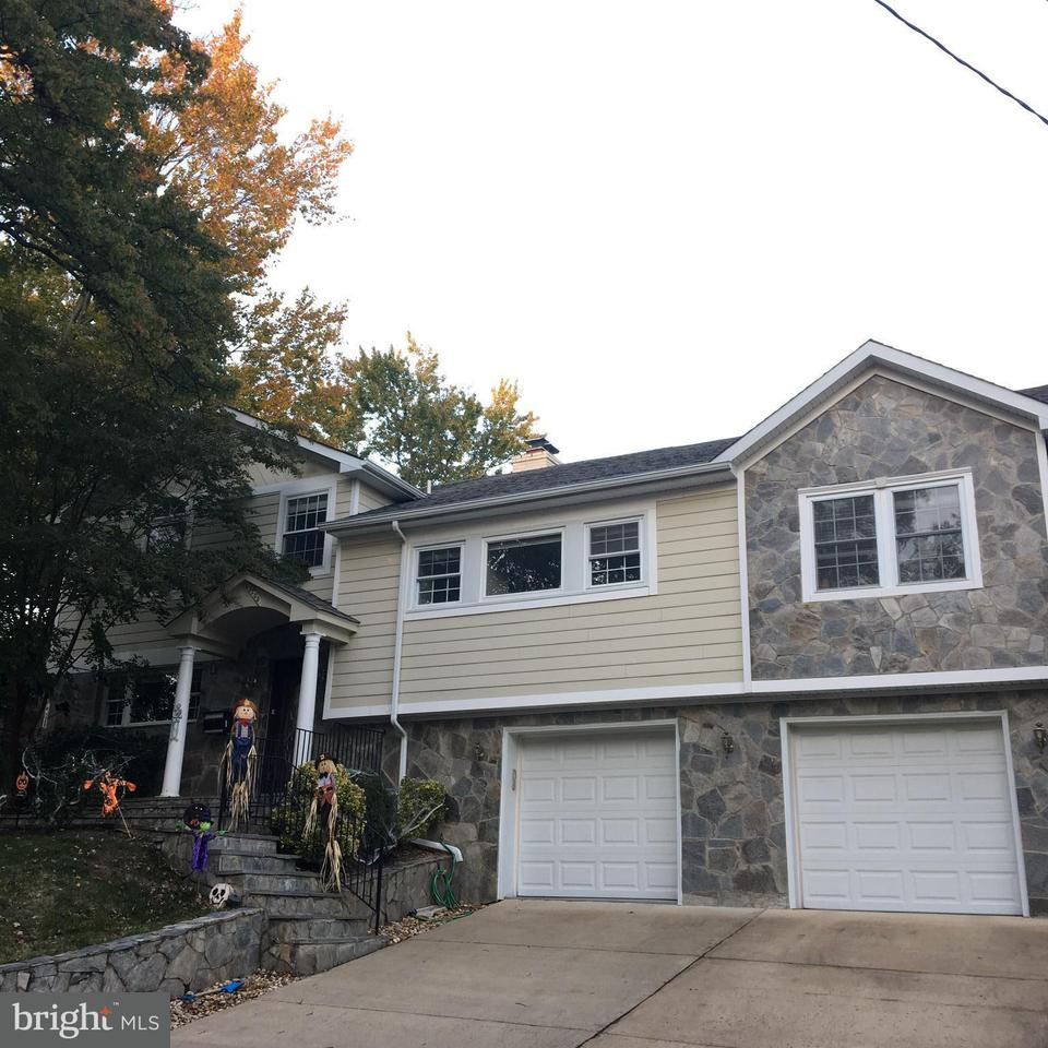 Other Residential for Rent at 5205 Brookeway Dr Bethesda, Maryland 20816 United States