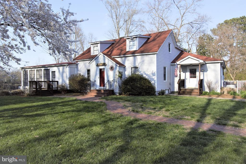 Single Family for Sale at 89 Yeocomico Ln Kinsale, Virginia 22488 United States
