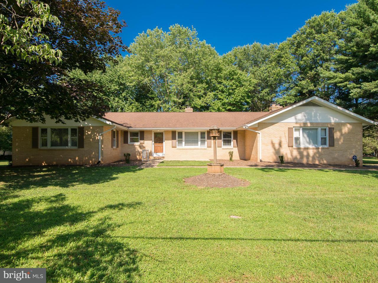 一戸建て のために 売買 アット 3662 Dunigan Court 3662 Dunigan Court Catharpin, バージニア 20143 アメリカ合衆国
