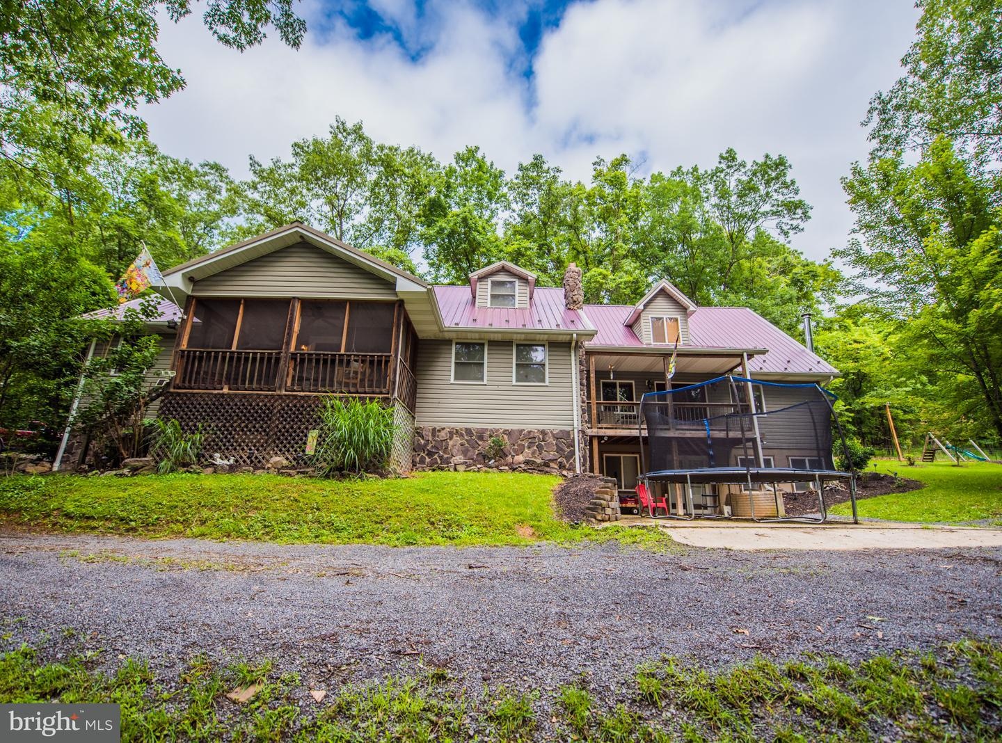 Single Family for Sale at 200 Rabbit Ridge Old Fields, West Virginia 26845 United States
