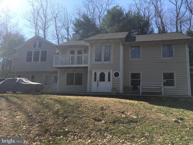 Single Family for Sale at 20 White Pine Dr Orrtanna, Pennsylvania 17353 United States