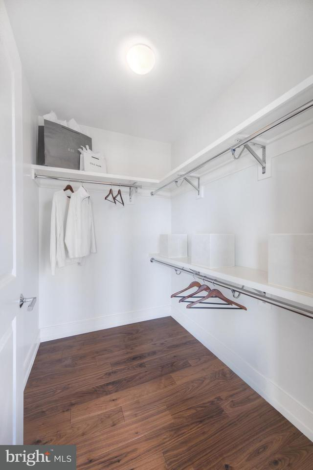 Additional photo for property listing at 1310 U St NW #817  Washington, District Of Columbia 20009 United States