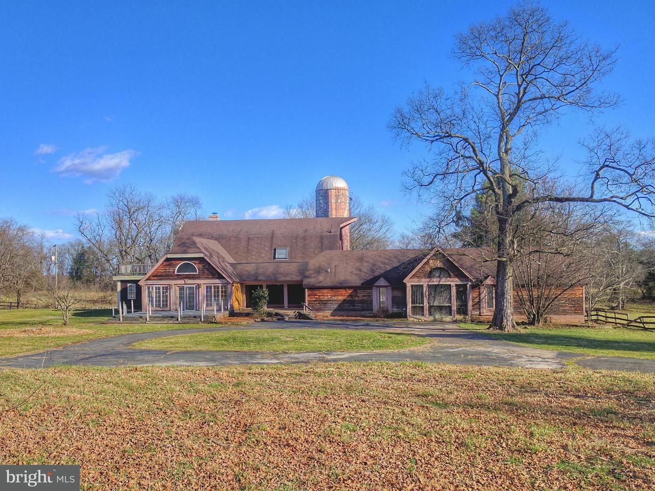 Granja por un Venta en 8747 Country View Drive 8747 Country View Drive Catlett, Virginia 20119 Estados Unidos