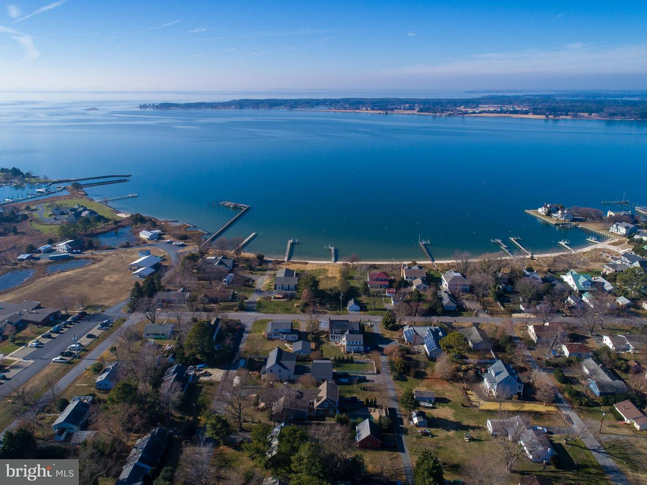 Additional photo for property listing at 806 Morris Street 806 Morris Street Oxford, Maryland 21654 États-Unis