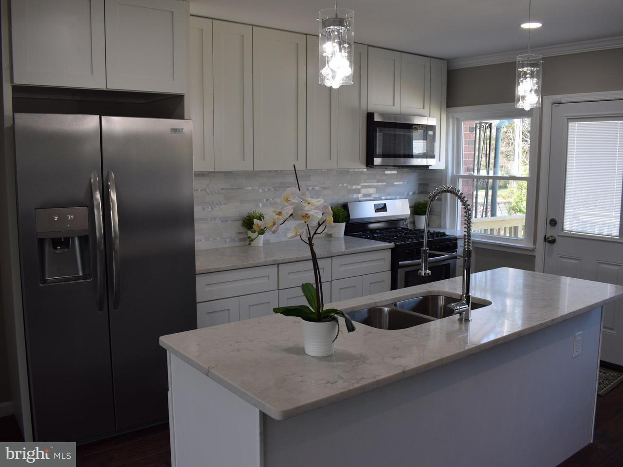 Single Family for Sale at 704 Benninghaus Rd Baltimore, Maryland 21212 United States