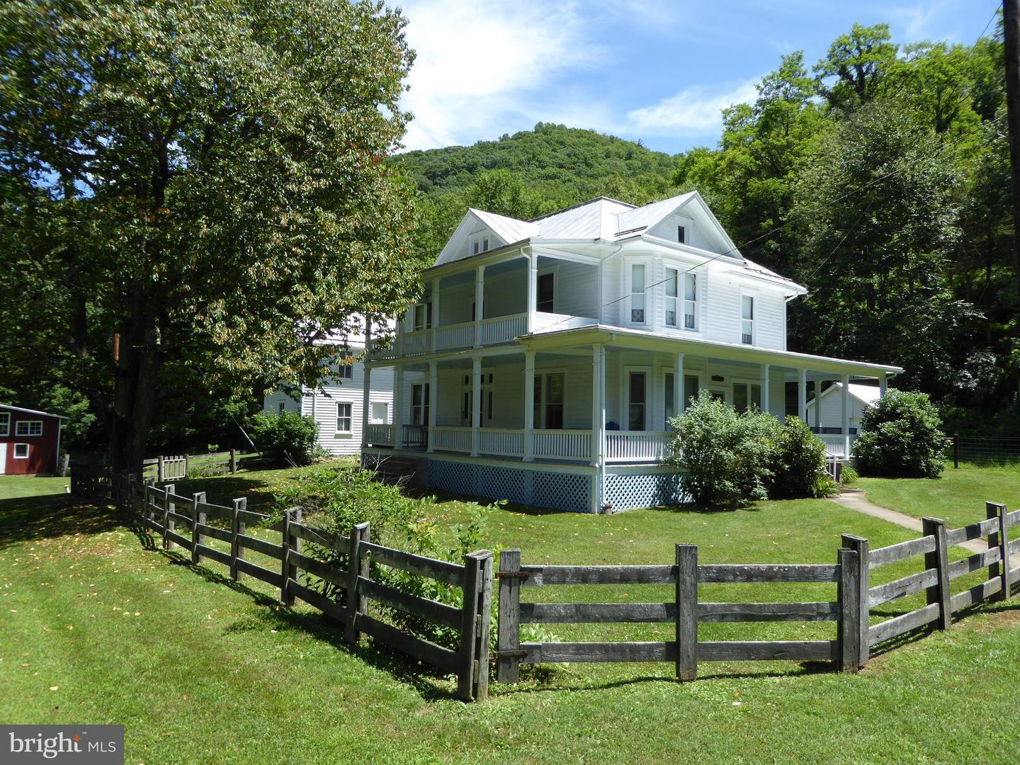 Farm for Sale at 3593 Smith Creek Rd Franklin, West Virginia 26807 United States