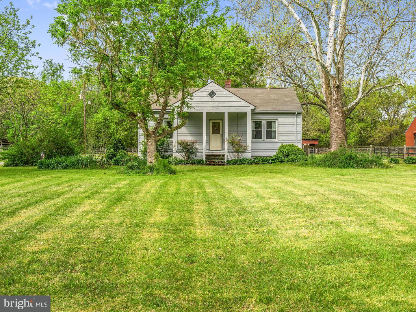 Farm for Sale at 24258 Somerville Rd Mitchells, Virginia 22729 United States
