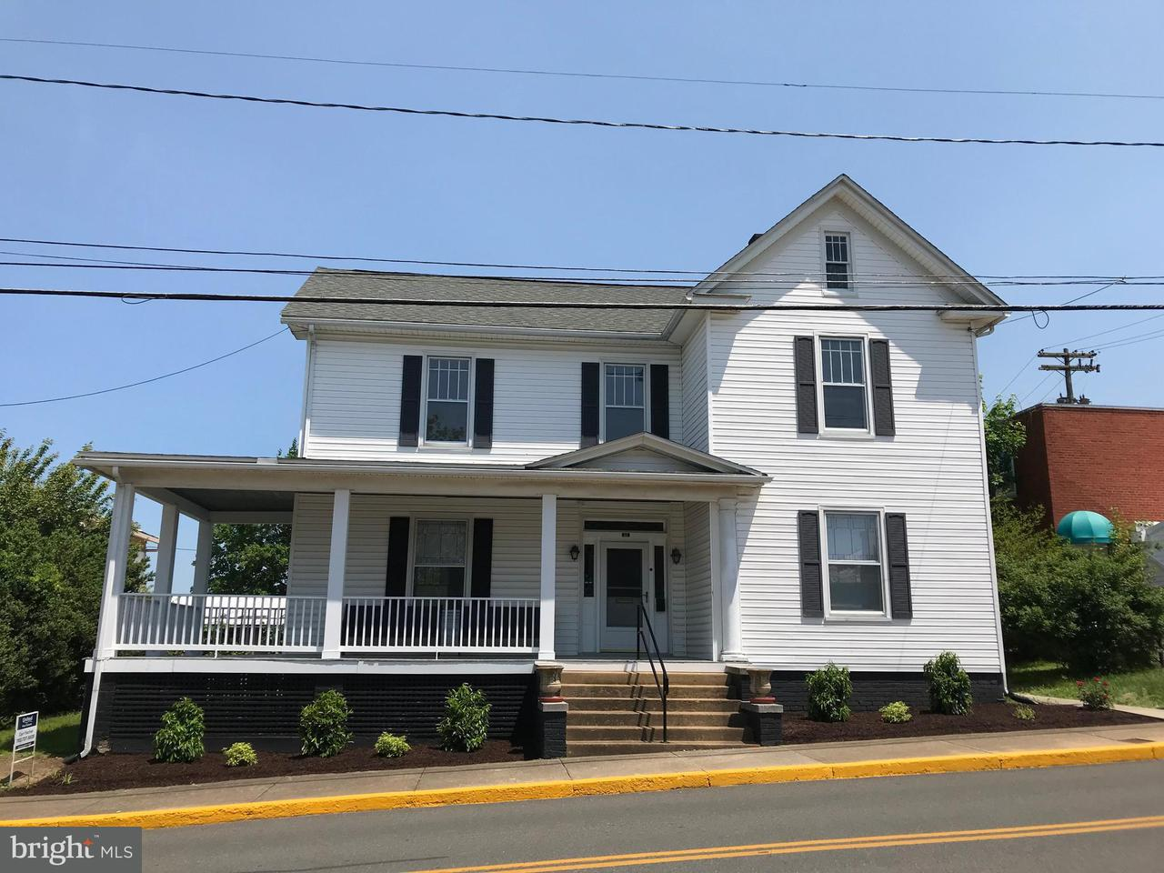 Other Residential for Rent at 11 Court St Luray, Virginia 22835 United States