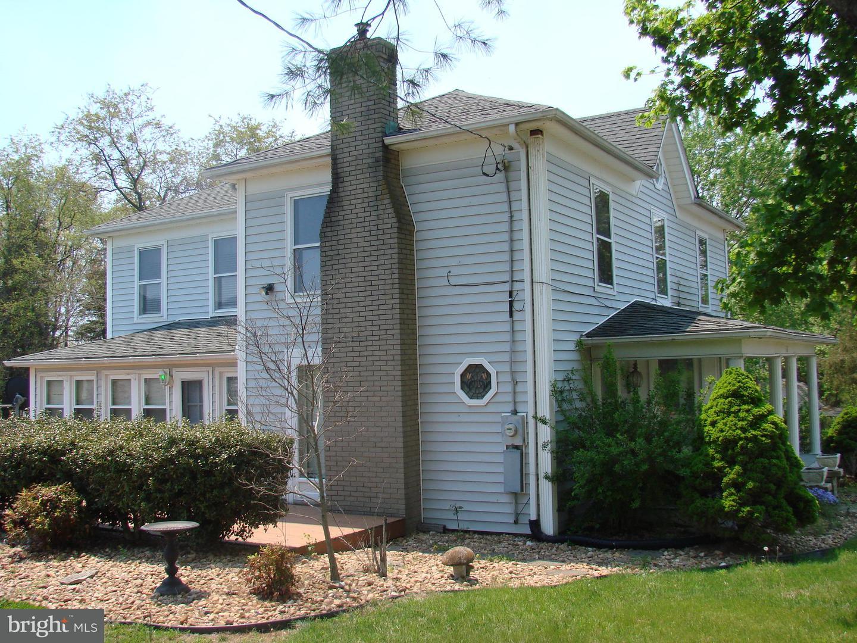 Single Family for Sale at 568 Mcdaniel Ln Shenandoah, Virginia 22849 United States
