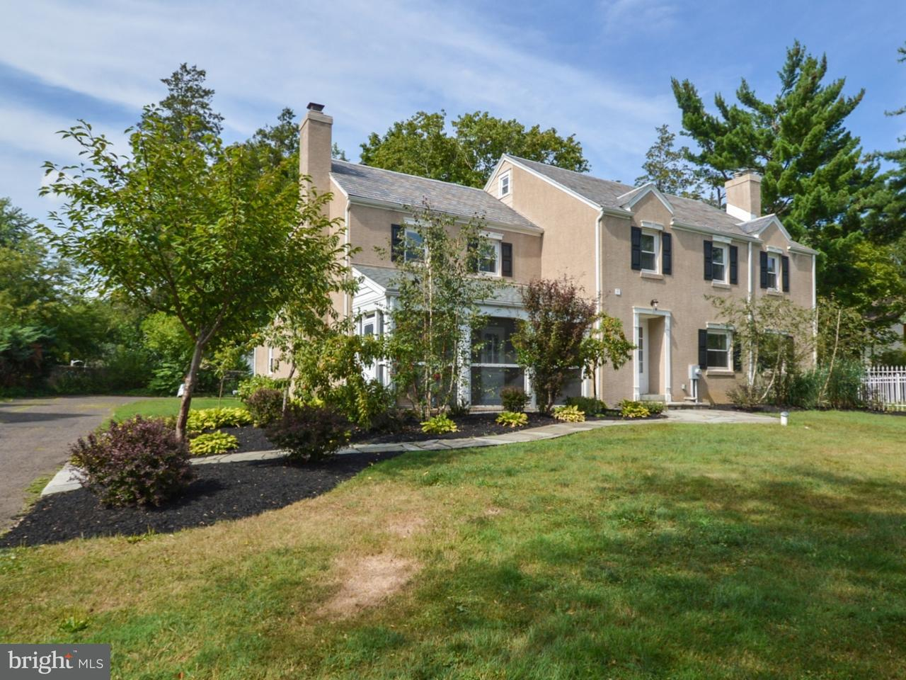 Maison unifamiliale pour l à louer à 908 EDGEWOOD Road Yardley, Pennsylvanie 19067 États-Unis