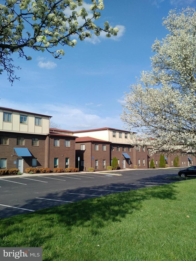 Commercial for Sale at 3219-A Corporate Ct #10-A Ellicott City, Maryland 21042 United States