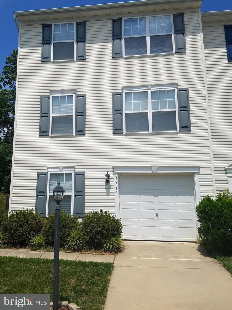 Other Residential for Rent at 36011 Coyote Trl Locust Grove, Virginia 22508 United States