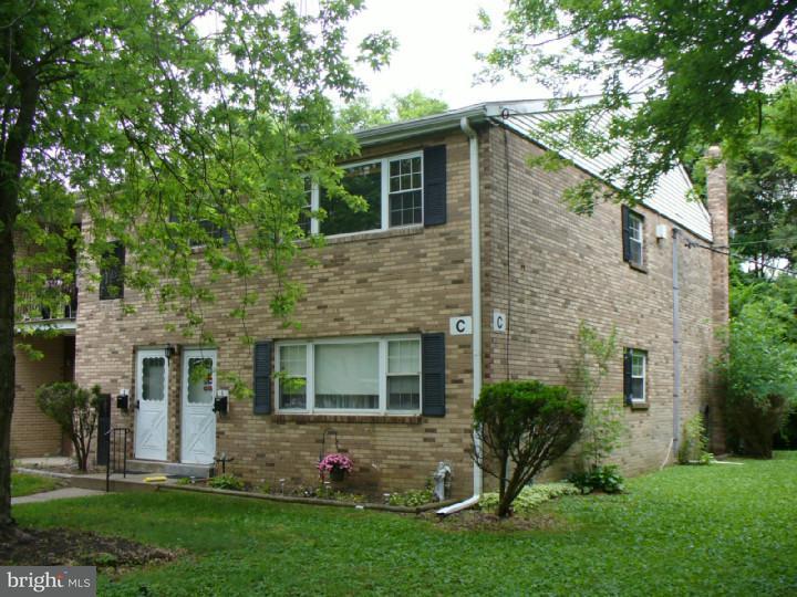 Casa Unifamiliar por un Alquiler en 1294 COOPER ST #C2 Beverly, Nueva Jersey 08010 Estados Unidos