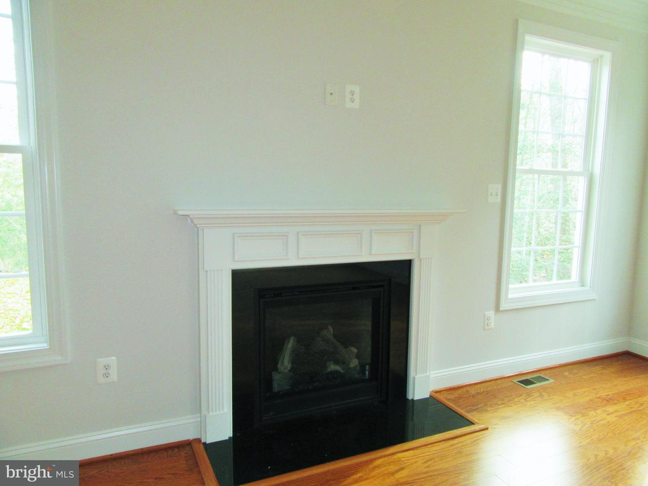 Additional photo for property listing at 36 Hidden Springs Lane 36 Hidden Springs Lane Stafford, 弗吉尼亞州 22554 美國