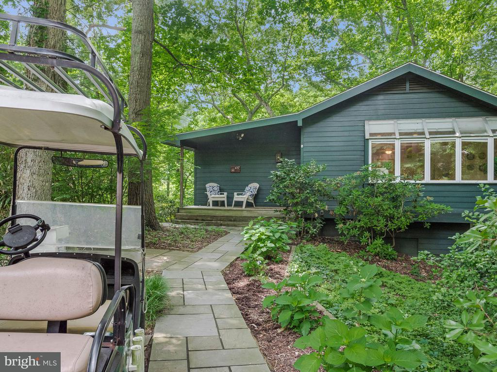 657  MAID MARION HILL, Annapolis, Maryland