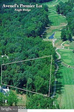 Terrain pour l Vente à 7125 Natelli Woods Lane 7125 Natelli Woods Lane Bethesda, Maryland 20817 États-Unis