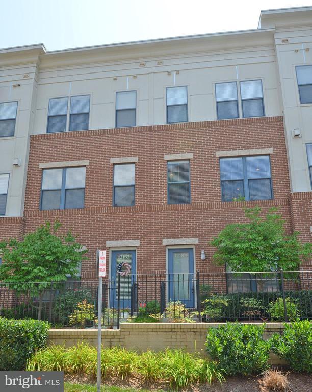 Fairfax Homes for Sale -  Loft,  12184  WAVELAND STREET
