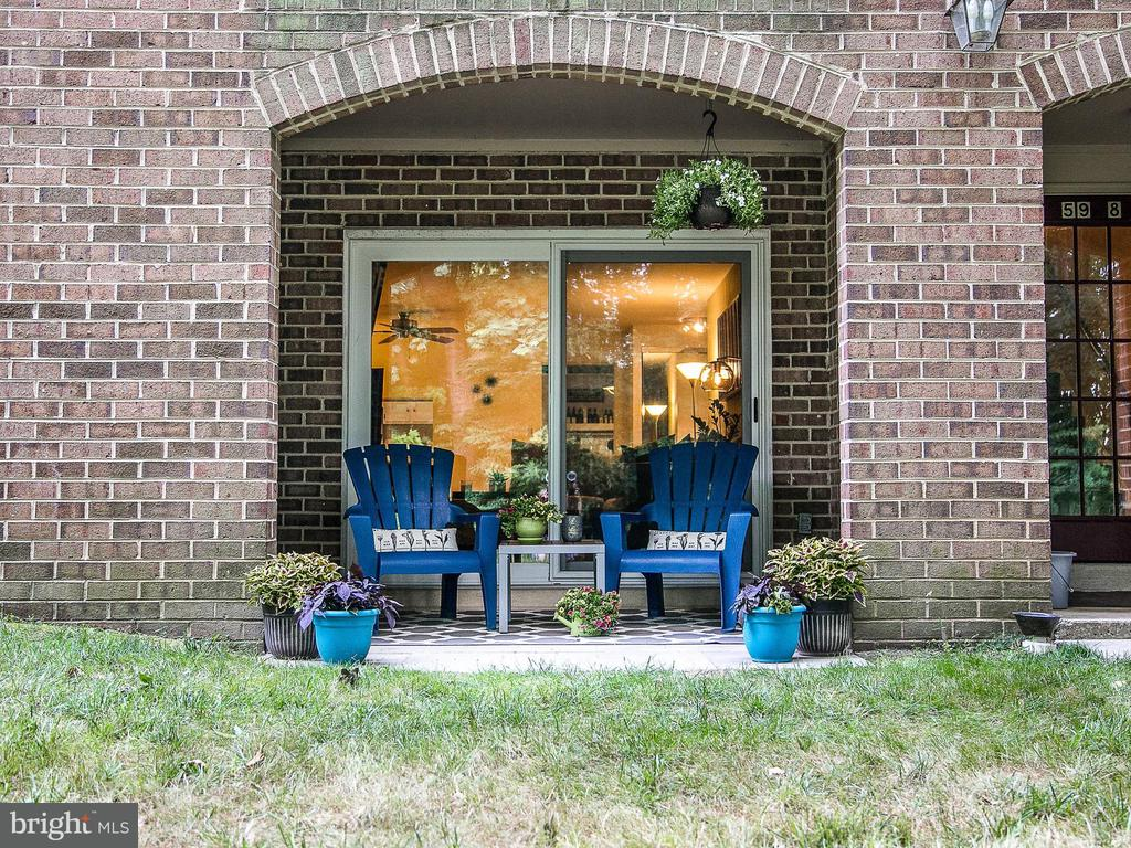 5908  COVE LANDING ROAD  102 22015 - One of Burke Homes for Sale