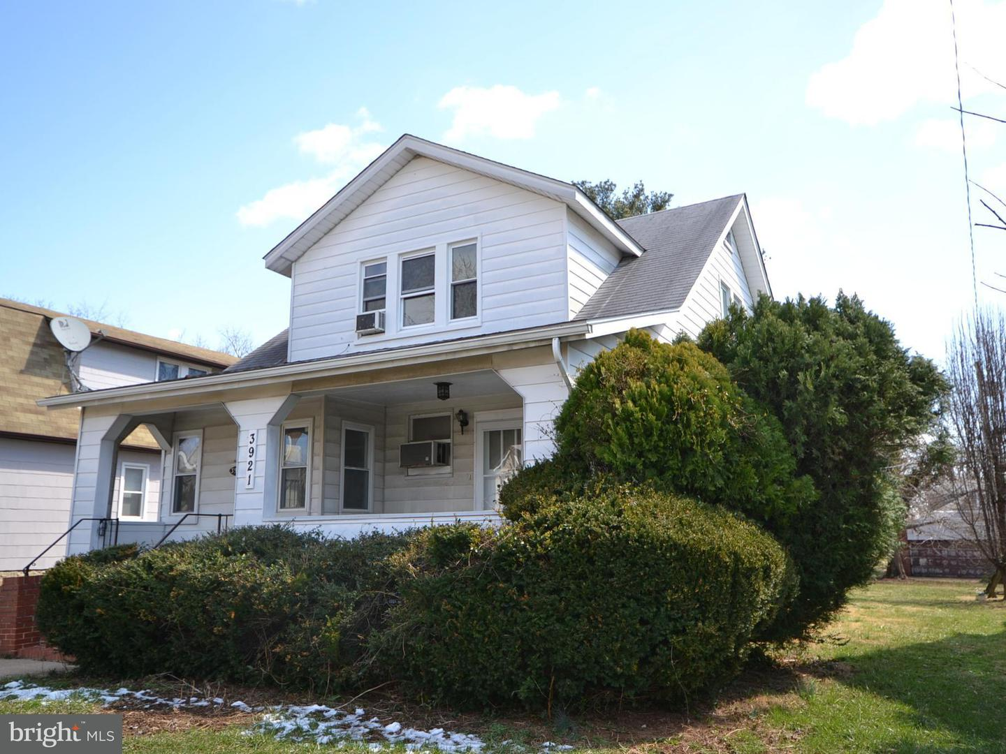 Single Family for Sale at 3921 Pinkney Rd Baltimore, Maryland 21215 United States