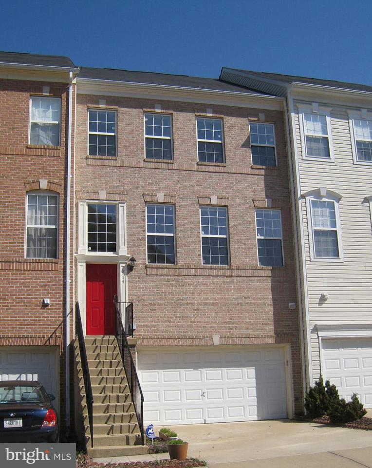 Townhouse for Sale at 6714 Sullivan Way 6714 Sullivan Way Alexandria, Virginia 22315 United States