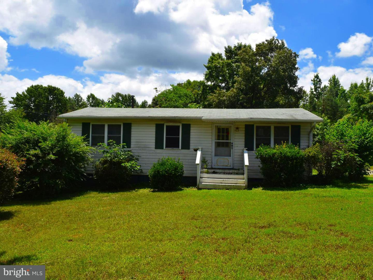 Single Family for Sale at 2627 Rose Mount Rd Hustle, Virginia 22476 United States