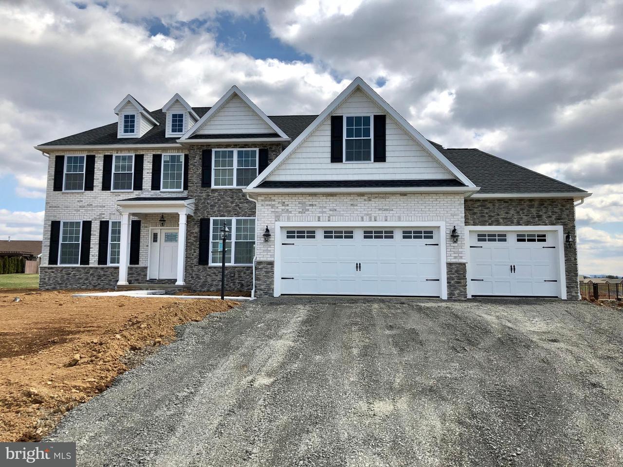 Additional photo for property listing at 185 St. Pauls Drive 185 St. Pauls Drive Chambersburg, Pennsylvania 17201 Estados Unidos