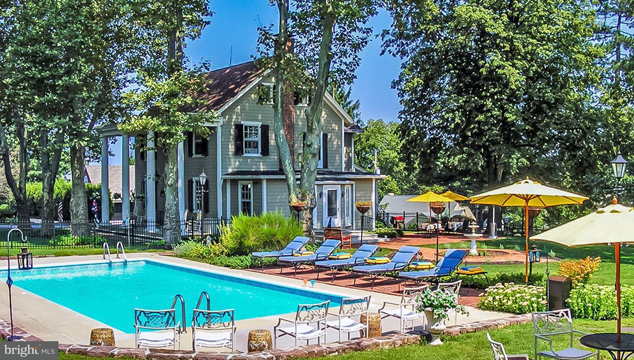 Casa Unifamiliar por un Venta en 370 Lambeth Walk 370 Lambeth Walk York, Pennsylvania 17403 Estados Unidos
